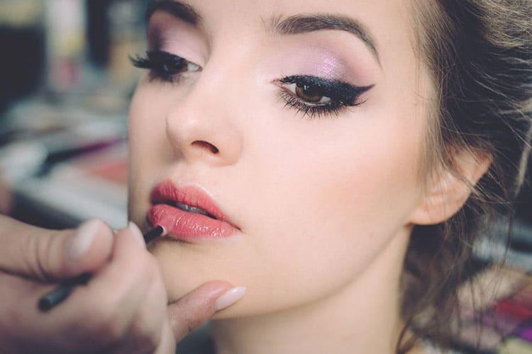 Online Make Up Cursus visagie - leer make-up mooi aan te brengen